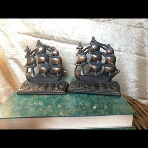 Ship cast iron bookends; Old Ironsides USS Constit